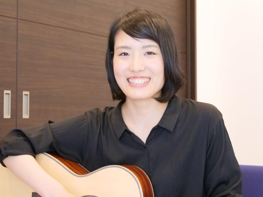 アコースティックギター科 樋口桜さん